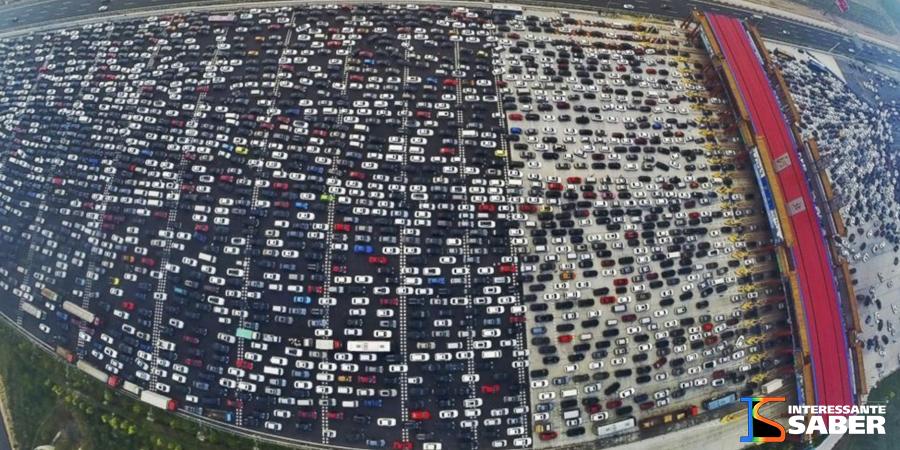 Congestionamento ao fim de um feriado em Beijing, na China.