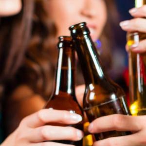 Veja o que acontece quando exageramos na bebida: