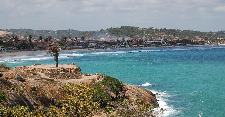 Forte São Francisco Xavier fica entre as praias de Gaibú e Calhetas, em Cabo de Santo Agostinho Débora Costa e Silva/UOL