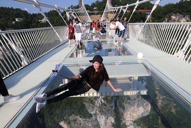 A maior ponte de vidro do mundo