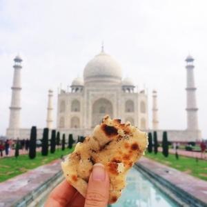 Conheça a blogueira que registra o mundo pela comida de cada lugar