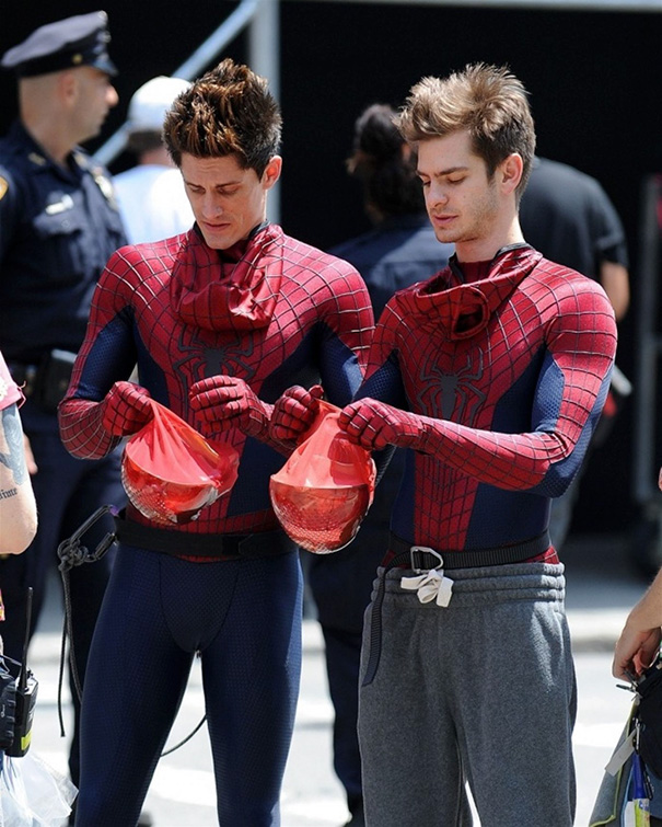 Andrew Garfield e William Spencer em O Espetacular Homem-Aranha2
