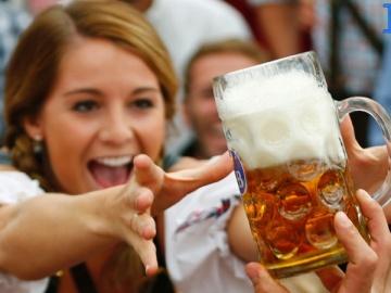 Beber com moderação é mais saudável do que não beber
