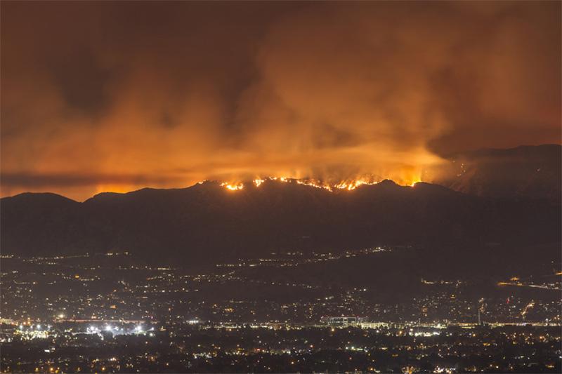 Incêndio florestal na Califórnia