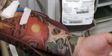 Por que pessoas tatuadas não podem doar sangue?