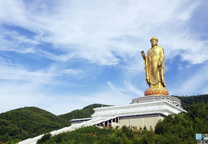 Qual é a maior estátua do mundo?