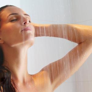 Com que frequência devemos tomar banho?