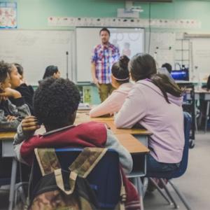 Matérias que deveriam ensinar nas escolas