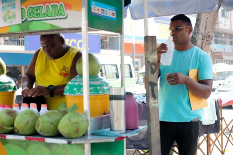 vendedor de coco empresário