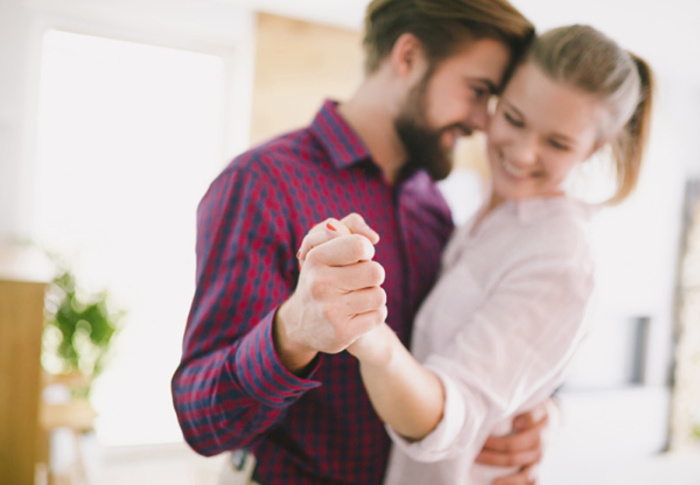 A companhia de alguém que você ama pode aumentar sua tolerância à dor