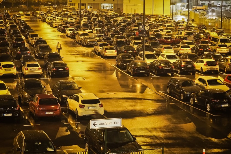 estacionamento de aeroporto