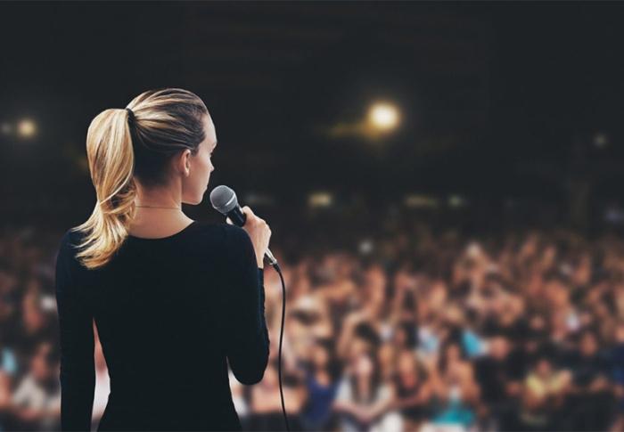 Comece a perder o medo de falar em público com uma abordagem que você ainda não viu em nenhum lugar
