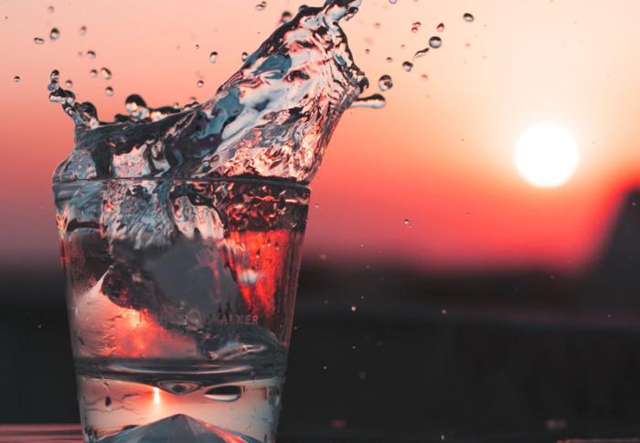 Desidratação causa doenças e pode prejudicar sua auto estima