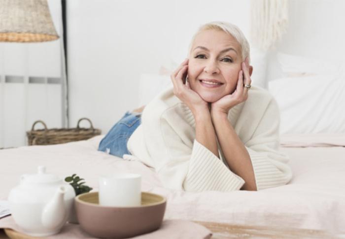 Descubra como cuidar da pele após os 60 anos