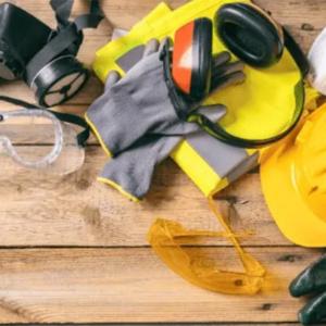 Quais EPIs usar durante a manutenção de um gerador de energia?