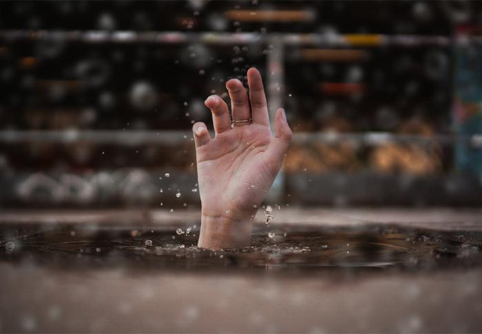 Não podemos ficar apenas atolados no mal e vendo a vida passar