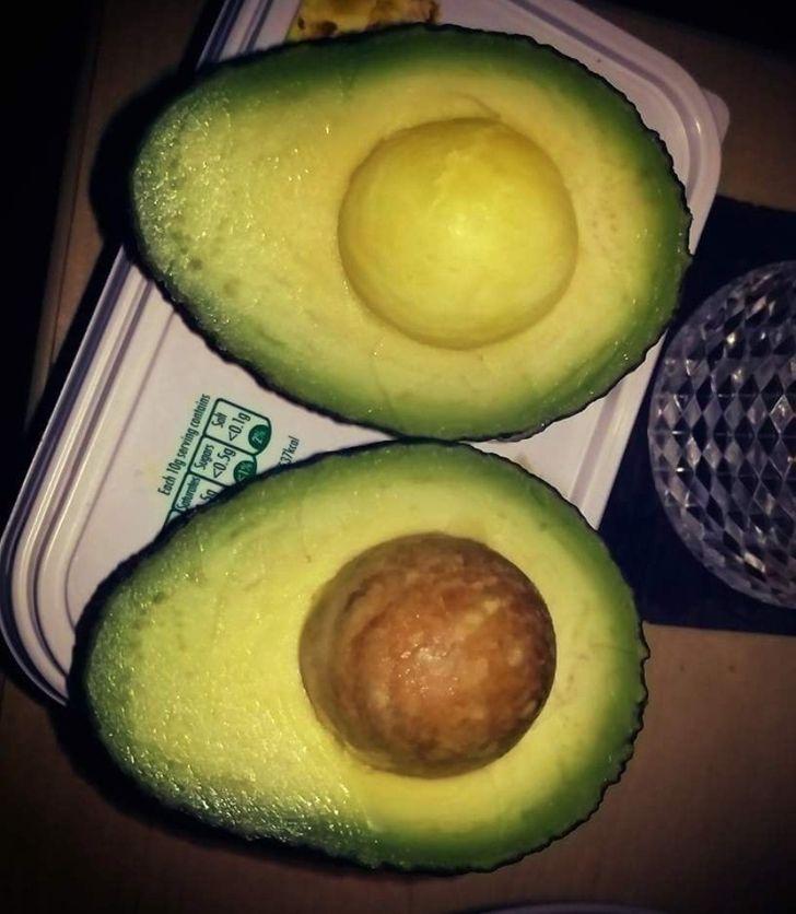 abacate com ou sem caroço
